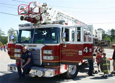 Pierce Truck Fire Engine