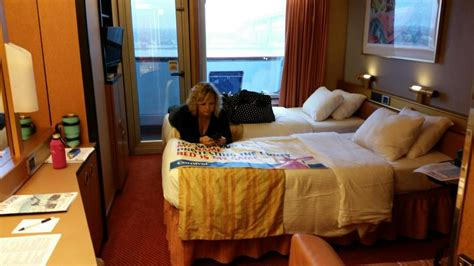 Carnival Triumph Cabins And Staterooms