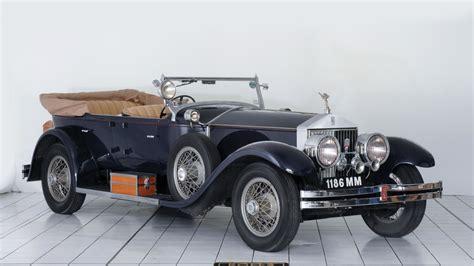 Rolls Royce Backgrounds by Rolls Royce Wallpapers Hd For Desktop Backgrounds