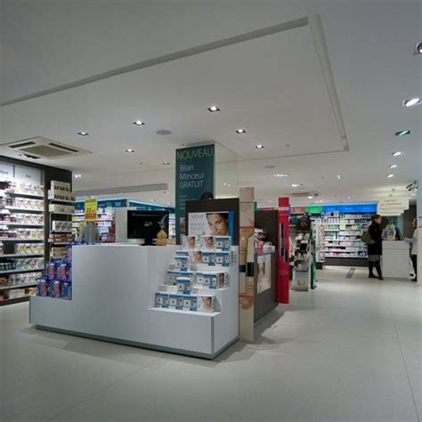 agencement pharmacie centre commercial le havre