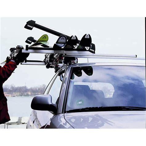 porte skis sur barres de toit thule xtender 739 pour 6 paires de skis de fond ou 4 snowboards