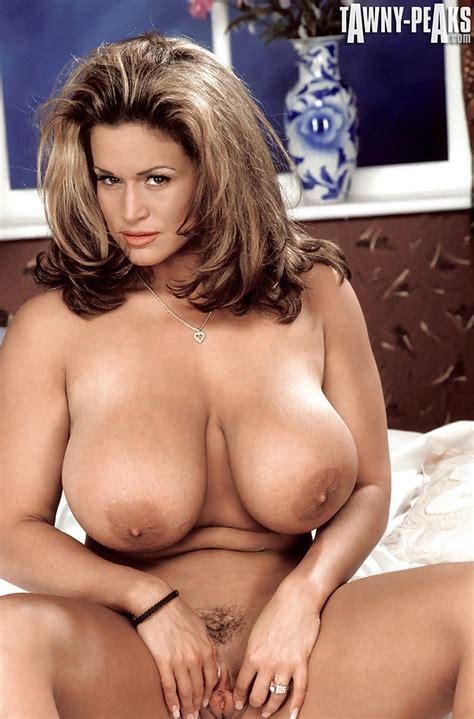 latina babe tawny peaks unleashing massive pornstar hooters in high heels