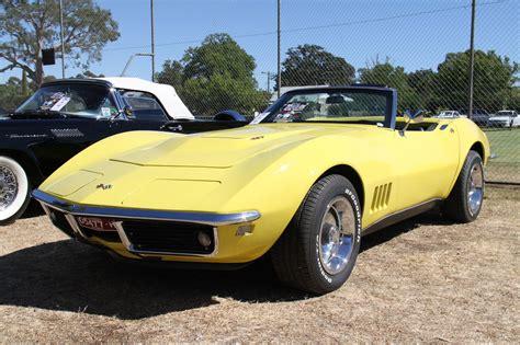 Cars Chevrolet Classic Convertible Corvette C