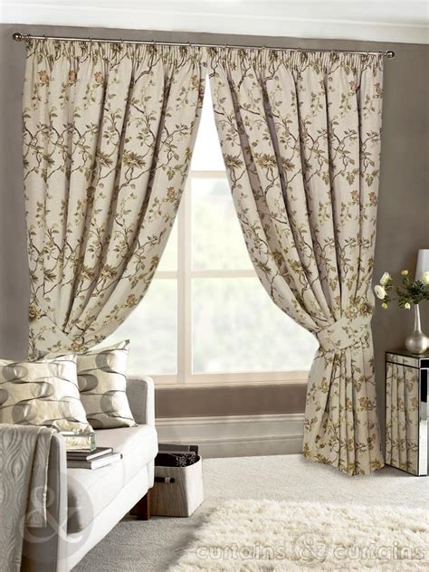 uk curtain fabrics