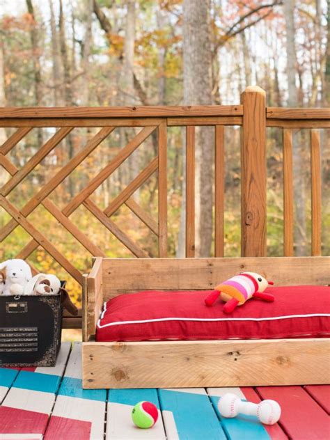 upcycle wood pallets   cozy outdoor dog bed hgtv
