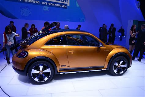 volkswagen beetle concept amigurumiomer vw s new beetle dune concept can carry skis