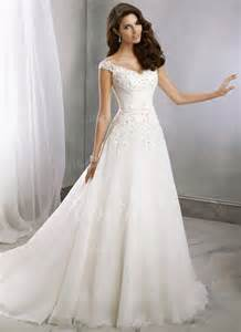 brautkleid princess 25 best ideas about brautkleid a linie on hochzeitskleider 2 farbig wedding dress