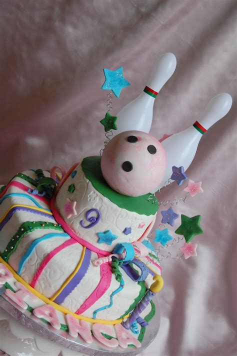 CUSTOMISED CAKES BY JEN: Bowling Birthday Cake