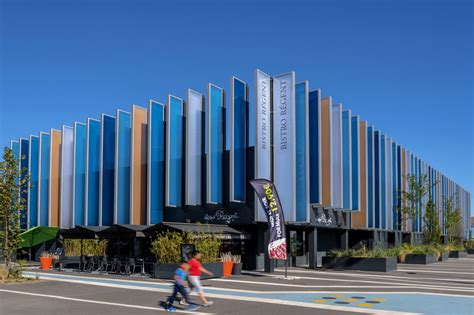 centre commercial porte des alpes arte charpentier architectes
