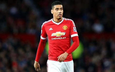 chris smalling sends message  man utd manager jose