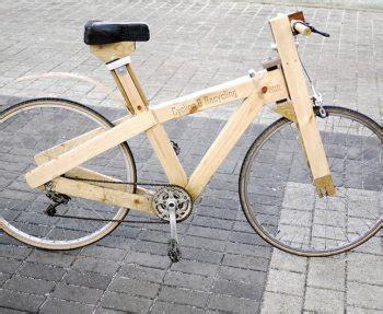 aus holz bauen bauen mit holz ein fahrrad oder ein haus aus lego haben wohl die meisten in ihrer kindheit