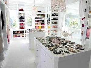 House Tour Tuesday—Lisa Vanderpump's absolutely fabulous ...