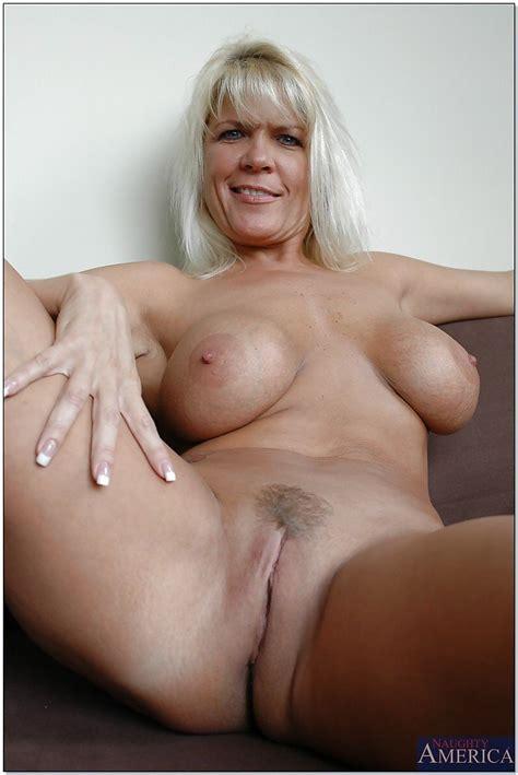 Jerrika Michaels Natural Tits Mature Porn Big Tits Photos