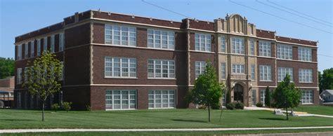 File:Fairbury, Nebraska Junior-Senior High School from NW ...