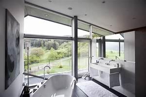 salle de bain lumineuse With salle de bain design avec branche décorative lumineuse