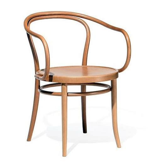 Thonet Bentwood Chair History by What Do Michael Thonet Bentwood Chairs And Marcel Breuer