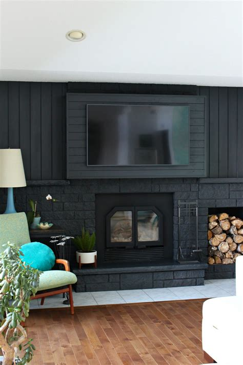 Hang A Tv A Fireplace by How To Build A Fireplace Bump Out To Hang A Tv Dans Le