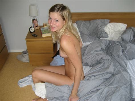 amateur nude photos naughty blonde from sweden