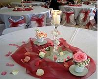 table centerpiece ideas Table Centerpiece Ideas for Decorating Cheaply - MidCityEast