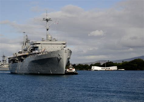 navy land uss emory s land makes first port call in two years en