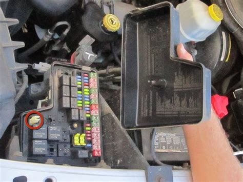dodge ram  fuse replacement