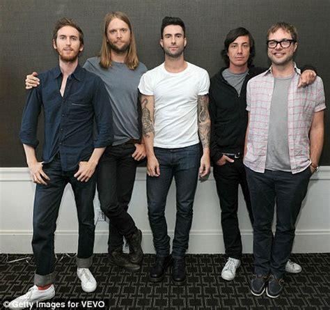 Maroon 5 She Will Be Loved Testo - maroon 5 she will be loved su lenote dellamiavita