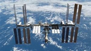 NASA Has a Virtual Reality-Based Space Station Simulator ...