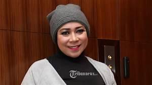 Melly Goeslaw Curhat ke Wali Kota Bandung Soal Nasib Hari ...