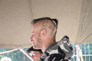 Undercut Mit Zopf : im trend hair tattoos bei m nnern fuer den mann ~ Frokenaadalensverden.com Haus und Dekorationen