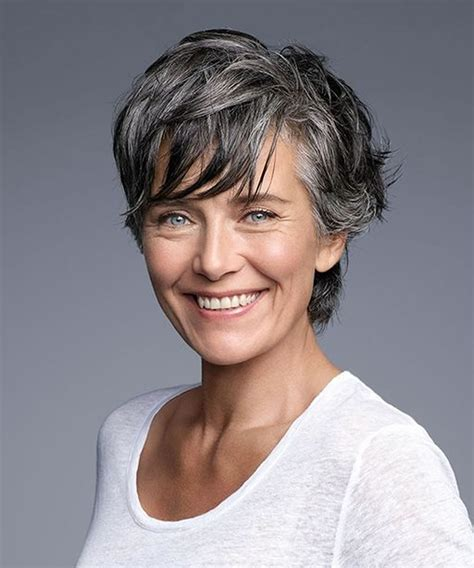 30 Amazing Haircuts&Hairstyles for Older Women Over 50 in