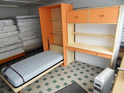 lit escamotable bureau int r escalier avec rangement integre maison design bahbe com