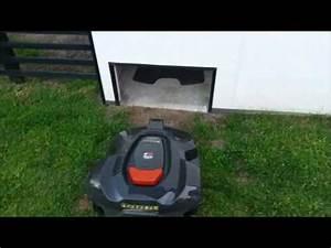 Garage Holzständerbauweise Selber Bauen : garage mit rolltor f r m hroboter youtube ~ Buech-reservation.com Haus und Dekorationen