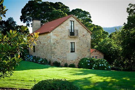 casas en galicia casa curuxa alquiler de casas rurales en galicia a costa