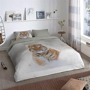 Parure De Lit Gris : parure de lit 2 personnes imprim 39 tigre 39 linge de lit gris kiabi 25 00 ~ Teatrodelosmanantiales.com Idées de Décoration