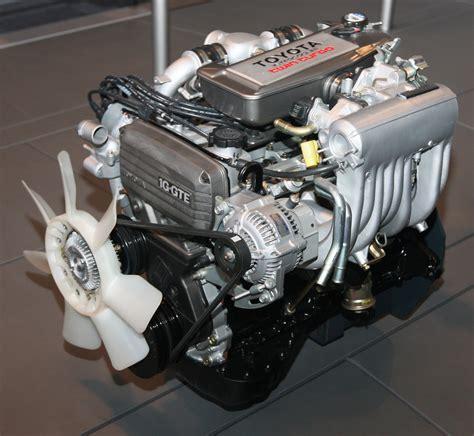 1985 Toyota 1g-gteu Type Engine Front.jpg
