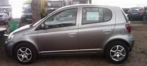 Toyota Yaris Essence : occasion toyota yaris essence id e d 39 image de voiture ~ Gottalentnigeria.com Avis de Voitures