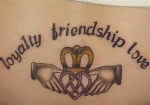 Tattoo Amitié : i tatuaggi su amicizia esempi e foto e significato di ~ Melissatoandfro.com Idées de Décoration