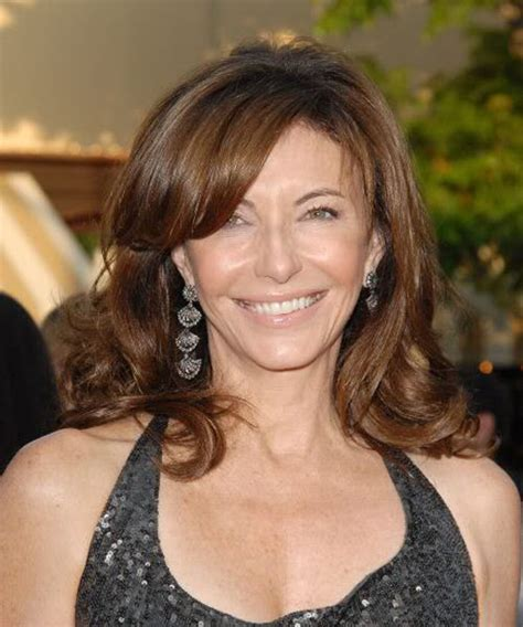 Famous Women Over 50 Who Are Still Beautiful (47 Pics