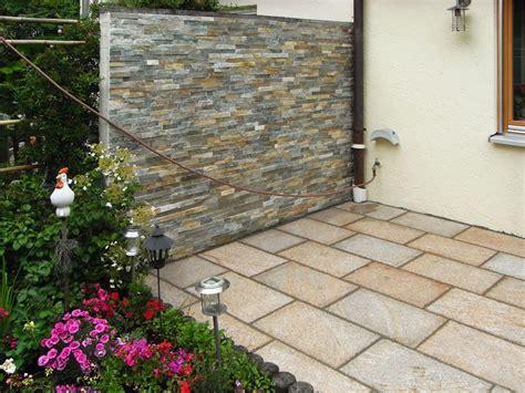 sichtschutz mit naturstein optik in vielfälitger ausführung 45 awesome terrasse mauer graphics terrassenideen