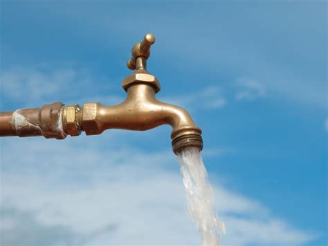 Replace Outdoor Water Spigot Handle by How To Replace An Outdoor Water Spigot Hgtv