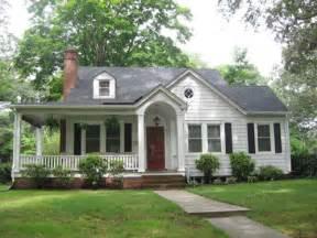 Inspiring House Wrap Around Porch Photo by Wrap Around Porch On A Small House House Decorators
