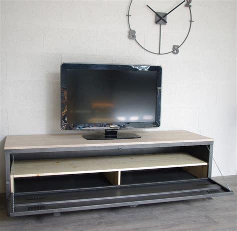Restaurer Meuble Metal by Vestiaire Meuble Tv Industriel Usine Restaur 233 M 233 Tal Et Bois