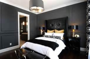 Bedroom Gray Walls Image