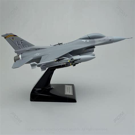 General Dynamics F-16c Fighting Falcon Model