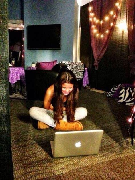 Demi Lovato Bedroom by Selena Gomez Bedroom J Sleep Tight