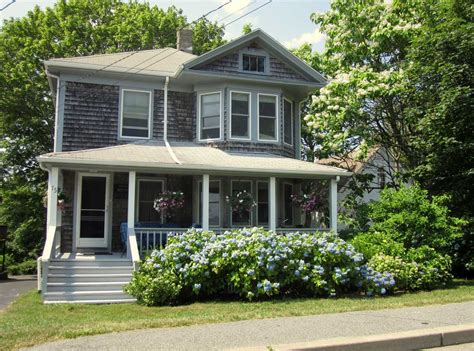 Cape Cod Style Homes Interior - small and beautiful cape cod style houses with front porch home interior exterior