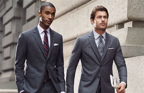 3 Colors You Should Never Wear In A Job Interview