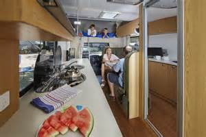 large family floor plans deluxe apollo motorhome holidays motorhome hire