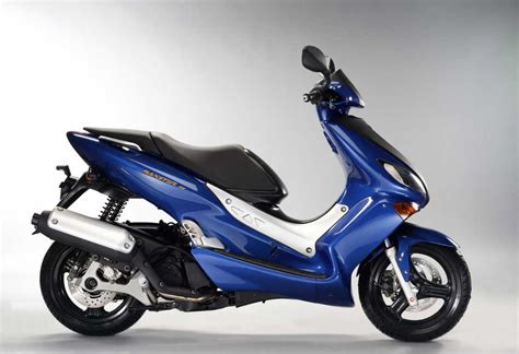 Yamaha Scooter 125cc by Yamaha Maxter 125cc Technical Data Power Torque Fuel