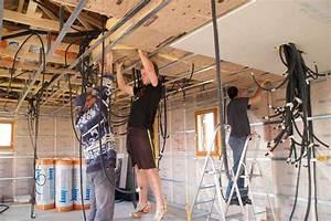 Faux Plafond Placo Sur Rail : pose et prix d 39 un faux plafond ~ Melissatoandfro.com Idées de Décoration